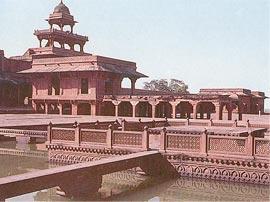 http://www.spectrumtour.com/indian-impression/gifs/fatehpur-sikri.jpg